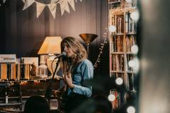 25-09 Pauline Drand @ Tree House Bookshop