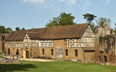 Venue Spotlight: Tudor Stables at Kenilworth Castle